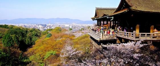 kyoto-platform-of-kiyomizu-dera-temple-73073